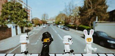 White and black Lego toyss